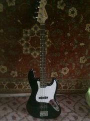 Бас-гитару фирмыRockman б/у состояние хорошее