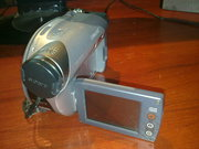 Продам видеокамеру Sony dcr-dvd105 Срочно! Возможен торг!