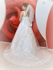 продам свадебное платье,  сшитое на заказ